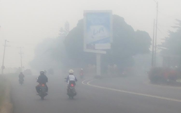Kabut Asap Selimuti Banjarbaru