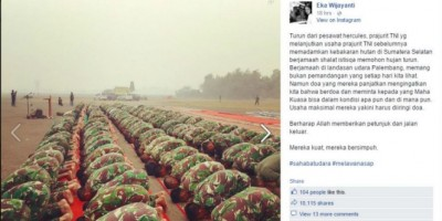 Foto TNI Turun Dari Pesawat Langsung Salat Istisqa