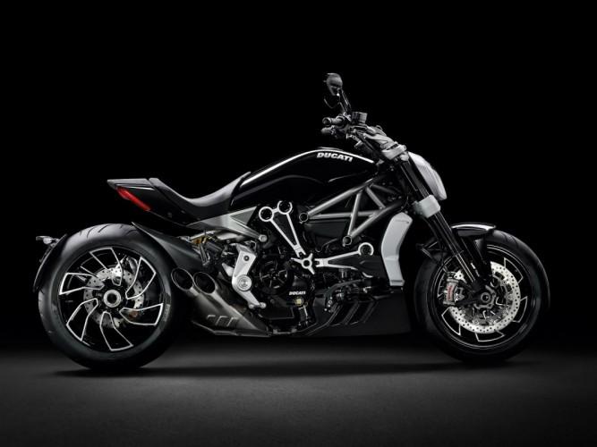 Ducati Hadirkan Dua Jagoan Baru Di World Premiere 2016