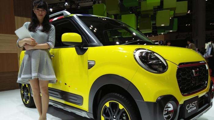 SPG Tokyo Motor Show, Cantik Tak Mesti Umbar Aurat