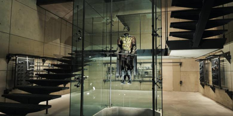 Photo of Yuk Kita Jelajah Markasnya Batman Dengan Fitur Virtual