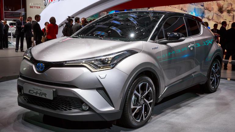 Photo of Toyota C-HR Akan Tantangi HR-V di GIIAS