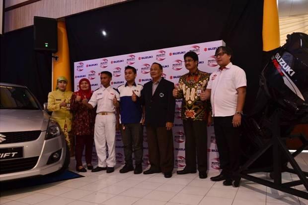 Photo of Suzuki Donasi Rp 4,2 M Buat Pendidikan SeJabodetabek
