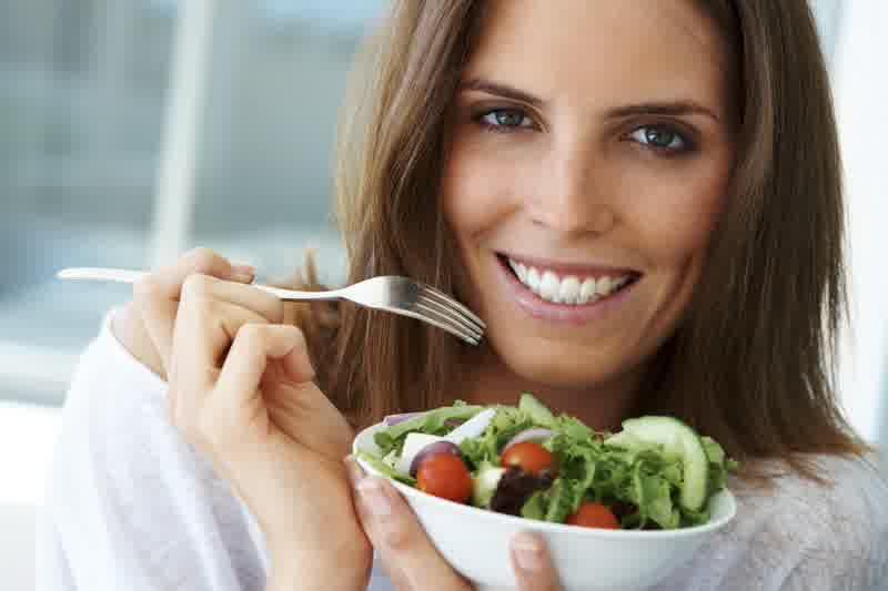 Photo of 5 Makanan Yang Bermanfaat Tuk Menyehatkan Mata