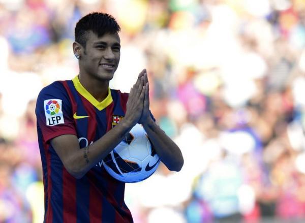 Photo of Neymar Yakini Bakal Tetap Merumput di Barcelona