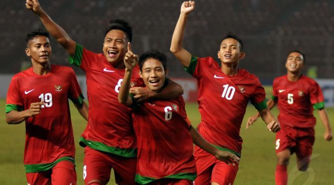 Photo of Eks Pemain Timnas Indonesia U19 Antusias Dengan Alfred Riedl