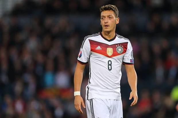 Photo of Euro 2016 Dilangsungkan, Mesut Ozil Ukir Catatan Buruk