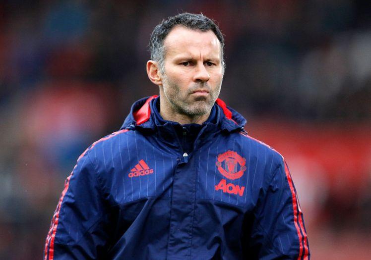 Photo of Ryan Giggs Pikirkan Nasibnya di Manchester United