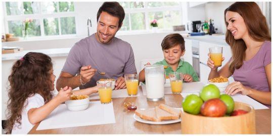 Photo of Pahamilah Makanan Yang Harus Diasup Anak Saat Berpuasa