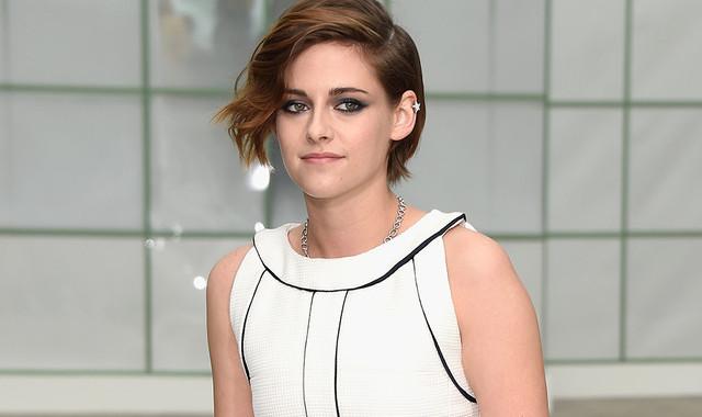Gantikan Daniel Craig, Kristen Stewart Perankan James Bond Wanita 1