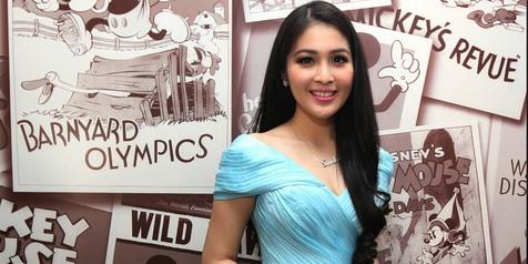 Photo of Selenggarakan Pernikahan di Disneyland, Sandra Dewi Ingin Seperti Cinderella