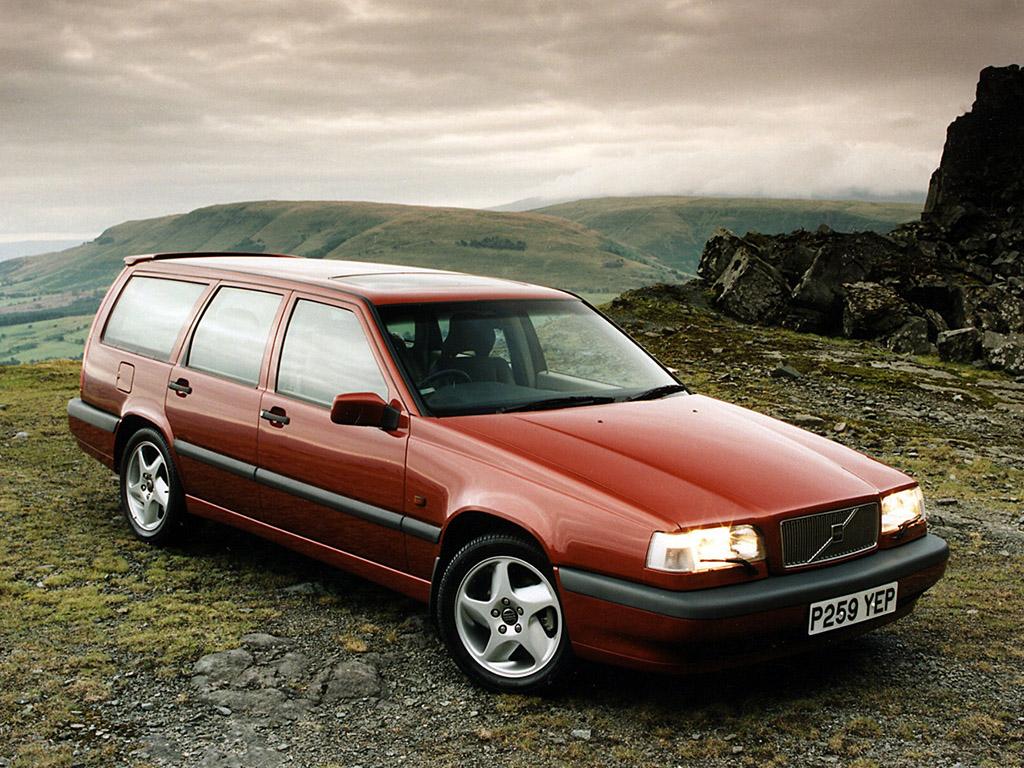 Photo of Volvo 850 Andalkan Dua Fitur Keselamatan Bermesin 5 Silinder