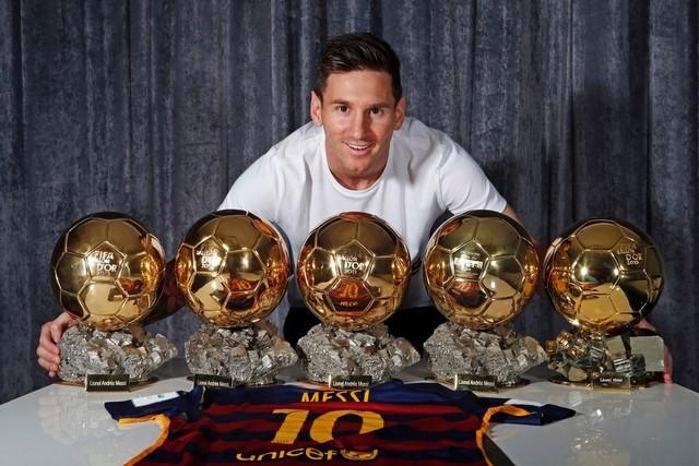 Photo of Lionel Messi Urungkan Keputusannya Pensiun Dari Timnas Argentina