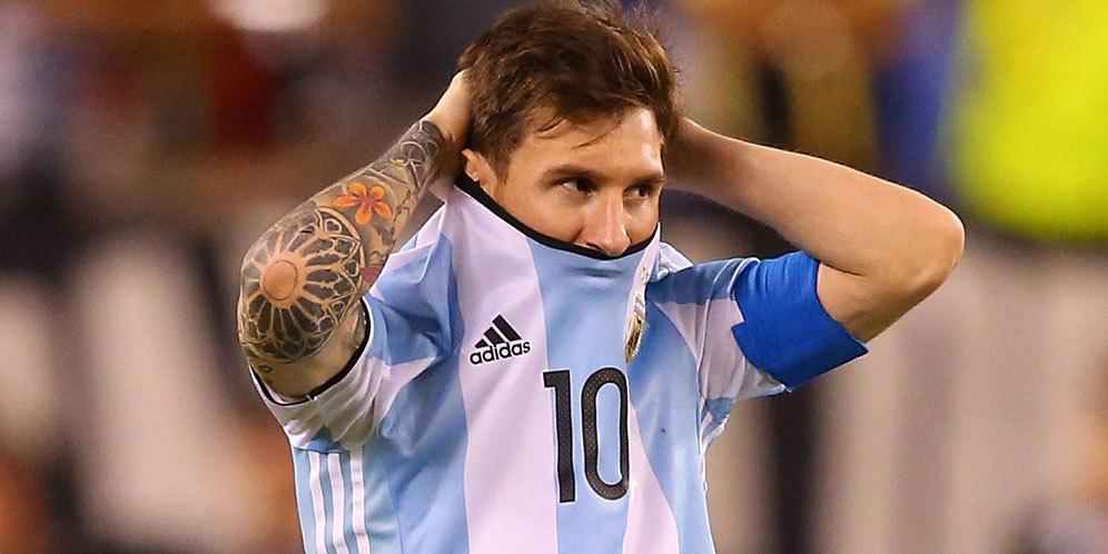 Manajer Baru Argentina Pingin Bahas Sepakbola dengan Messi 1