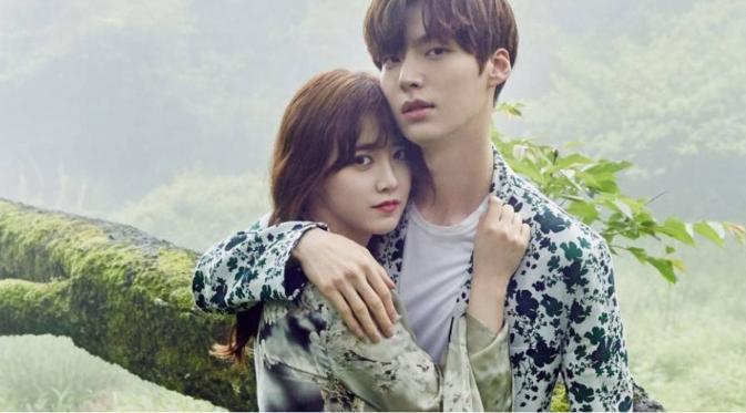 Deretan Pasangan Artis Korea Yang Terjerat Cinlok 1
