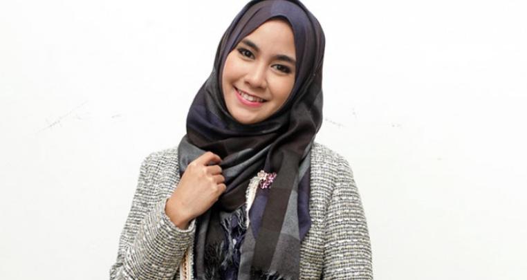 Photo of 5 Artis Cantik Yang Putuskan Untuk Mengenakan Hijab