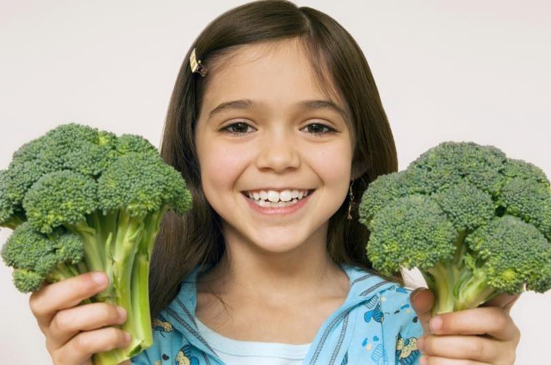 Photo of Pentingnya Memperkenalkan Brokoli Hijau Tuk Si Kecil