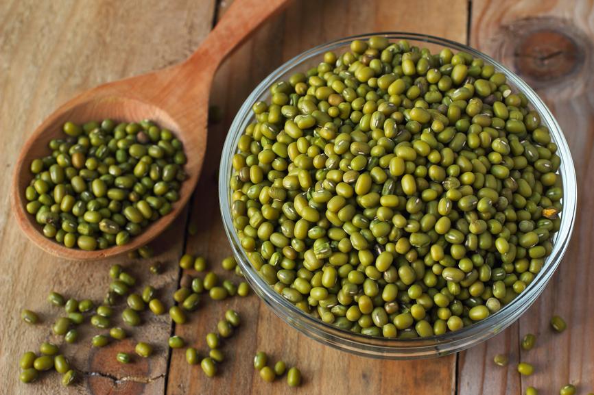 Photo of 8 Manfaat Kacang Hijau dan Khasiatnya Tuk Ibu Hamil