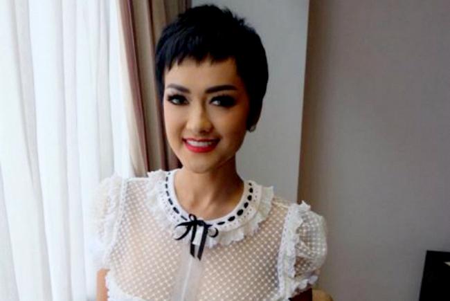 Photo of Mengidap Kanker Serviks, Kini Julia Perez Dikabarkan Bangkrut