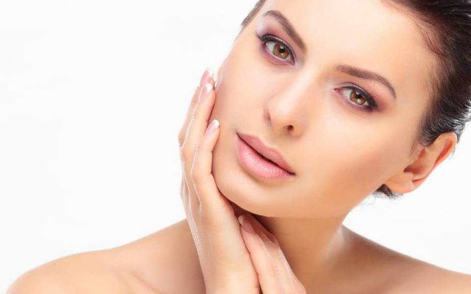Photo of Hindarkan 7 Kebiasaan Buruk Ini Untuk Memaksimalkan Kecantikan Kulit Anda