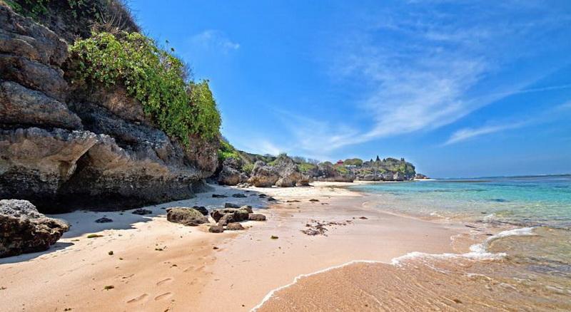 Photo of 6 Destinasi Pantai di Bali Yang Miliki Keindahan Mempesona