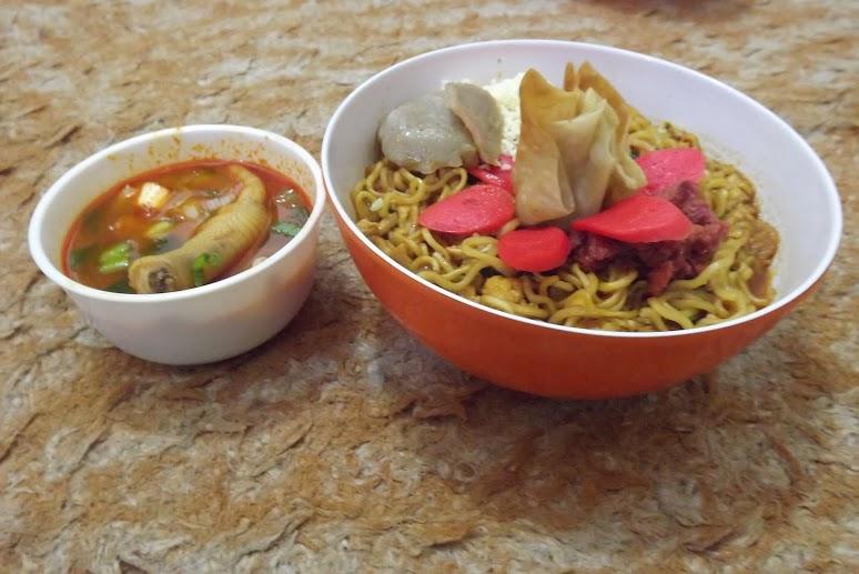Photo of Mencicipi Sensasi Pedasnya Peluang Bisnis Mie 'Resto Mie SH'