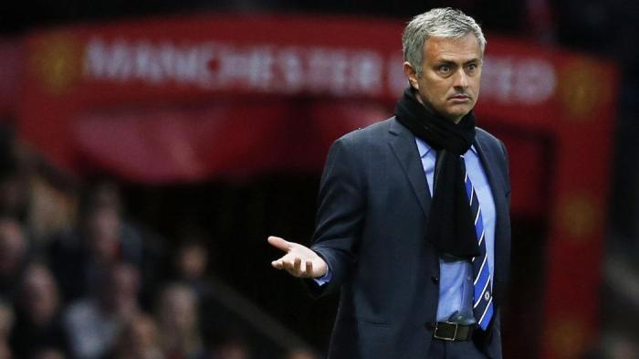 Photo of Awal Pembuktian Kiprah Mourinho Sebagai Juru Racik Strategi MU
