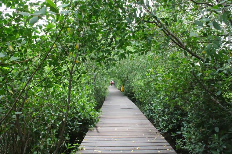 Sejumlah Kawasan Piknik Yang Wajib Kamu Sambangi Di Kota Pahlawan 3