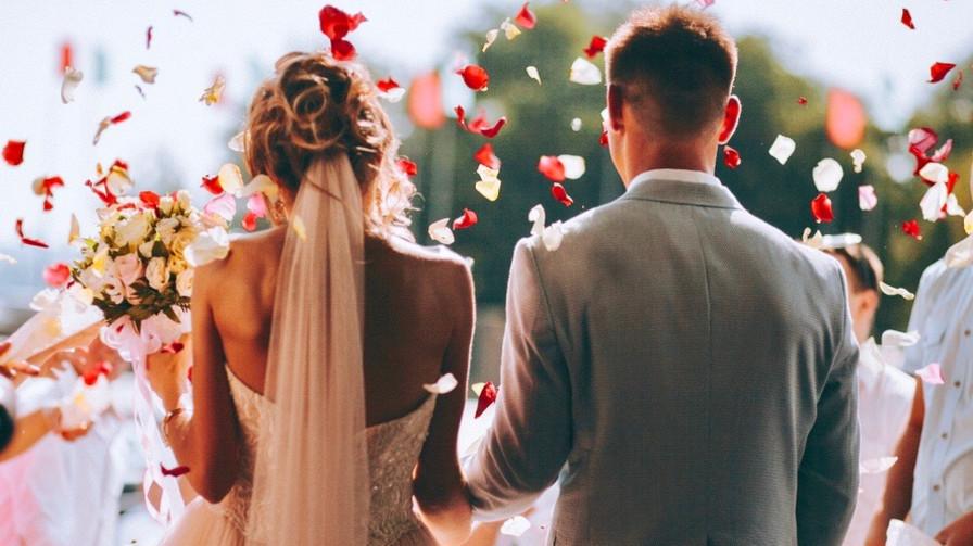 Photo of Usia Pernikahan Yang Ideal Menurut Para Pakar Psikolog Indonesia Dan Dunia